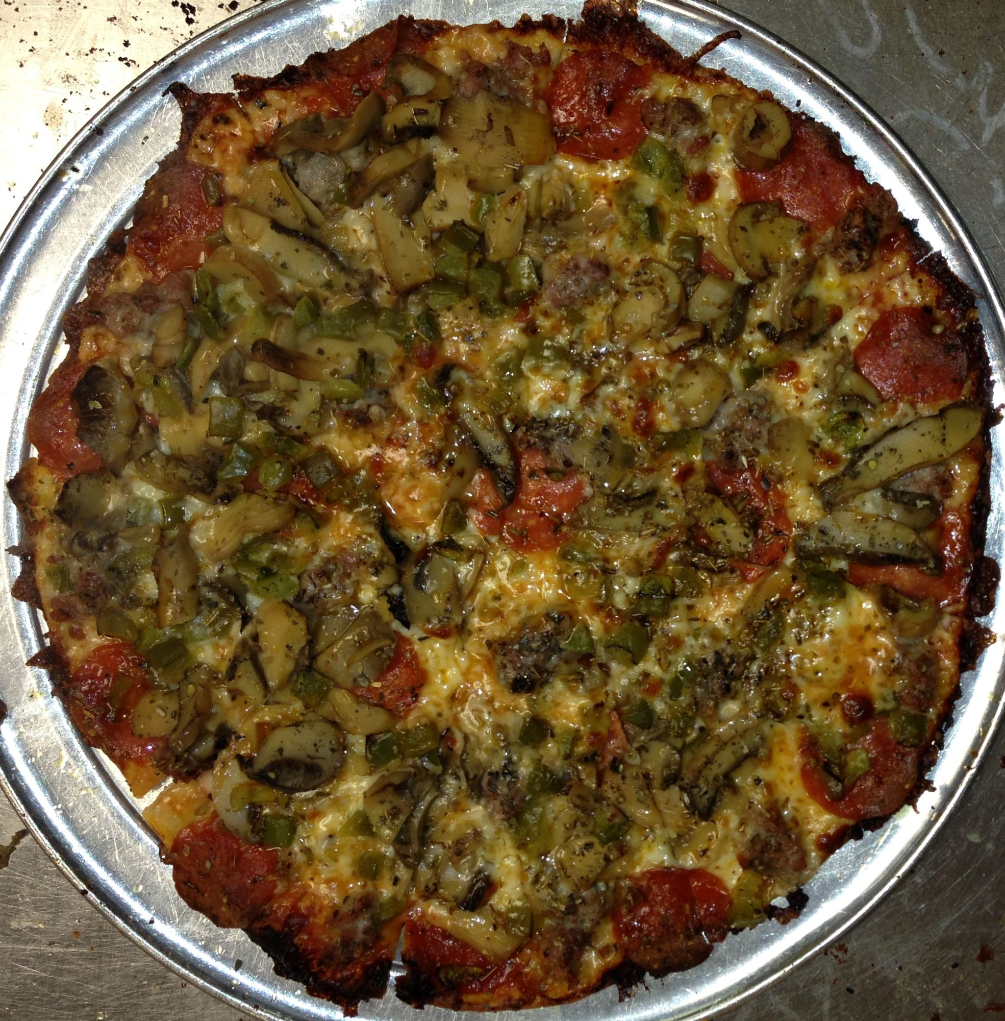 Fricanos_EBA Pepperoni, Sausage, Mushroom, Green Pepper Pizza.JPG